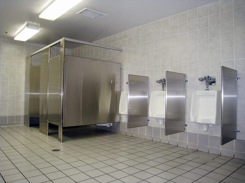 Mavi New York COSTCO Mavi New York - Public bathroom stall dividers