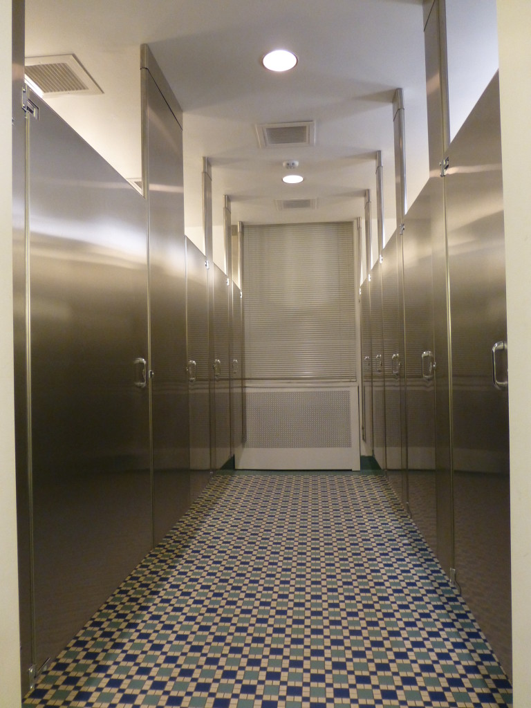 Stainless Steel Toilet Partition New York City Center