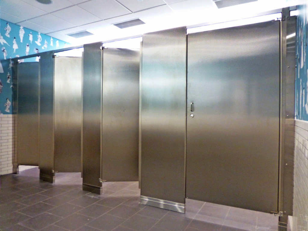 Mavi New York BGB NY Mavi New York - Steel bathroom partitions