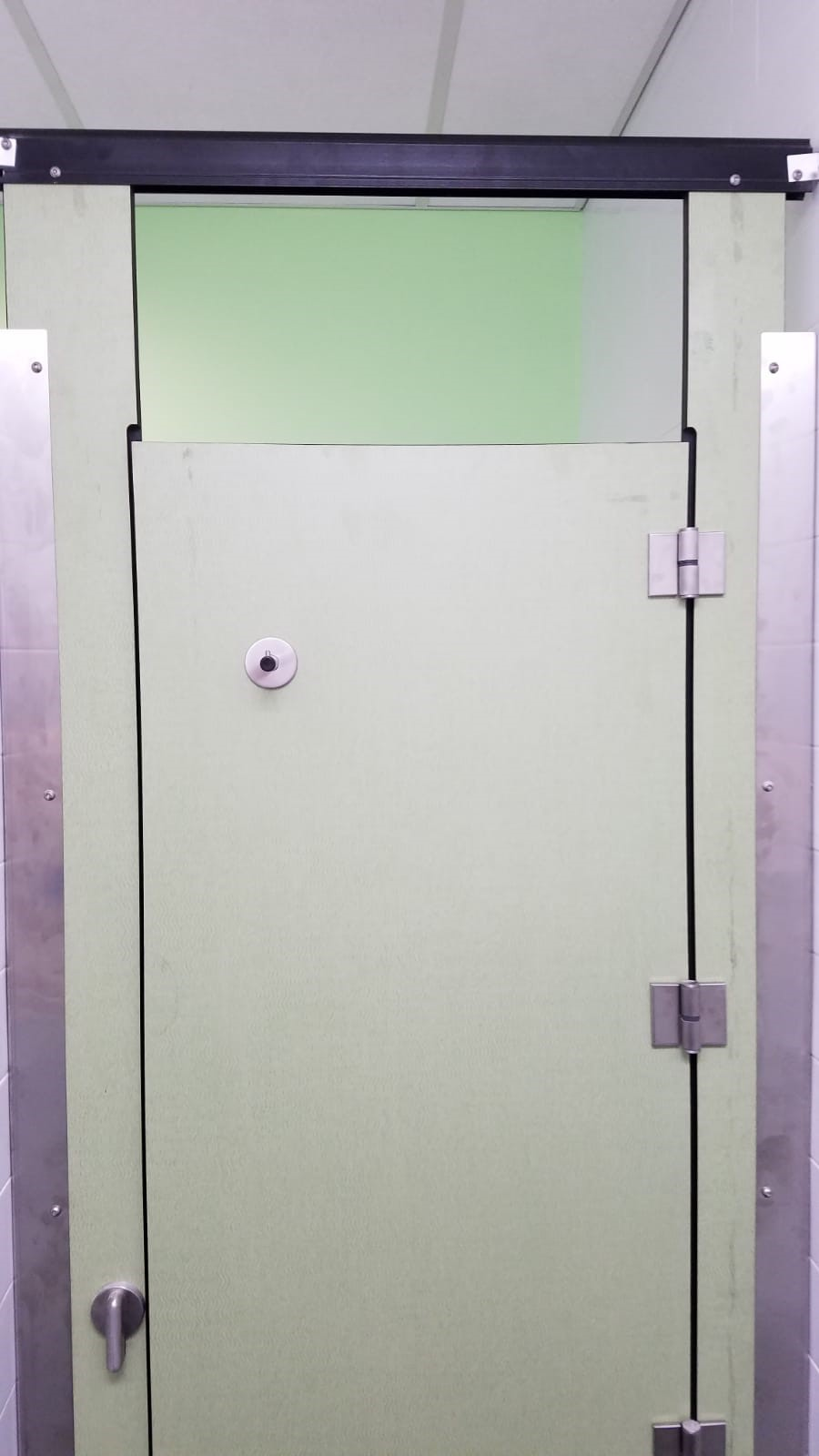 Custom Made Phenolic Toilet Partition